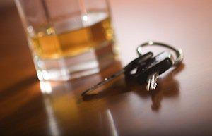 drunk driver, car accidents, Chicago truck accident attorney, distracted driving, Drunk driving accident, drunk driving accidents, DUI accident, Illinois car accident lawyer, Waukegan motor vehicle accident attorney