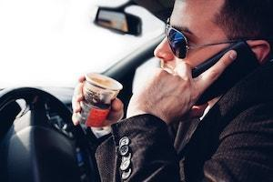 distracted driving accidents, driving safety, Waukegan distracted driving accident lawyer, texting and driving, driving and cell phones