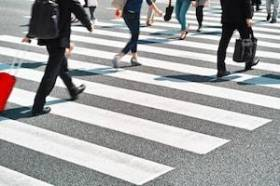 Safety Tips for Avoiding Pedestrian Accidents This Summer